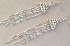Free beadwork tutorial on how to make Chan Luu inspired contemporary brick stitch and chain earrings