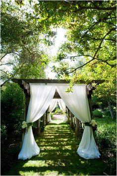 ガーデン カーテンふんだん使い