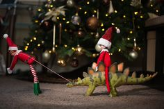 December 10  -  - http://ajenns.com/christmas/december-10/