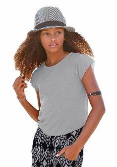 Produkttyp , T-Shirt, |Farbe , Grau, |Materialzusammensetzung , Obermaterial: 65% Viskose, 35% Polyester, |Passform , Basic-Form, |Schnittform/Länge , gerade, |Ausschnitt , Rundhals, |Ärmelstil , Kurzarm, |Armabschluss , Kante abgesteppt, |Saumabschluss , abgerundet, |Pflegehinweise , Maschinenwäsche, |Auslieferung , liegend, | ...