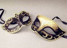 This Venetian black gold masquerade mask pair is beautifully made from resin and finished with paper plaster on the back for comfortable wearing,