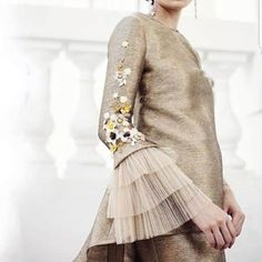 Hijab Fashion, Fashion Beauty, Fashion Dresses, Womens Fashion, Beautiful Bridesmaid Dresses, Turban Style, Denim And Lace, Sweet Dress, Sophisticated Style