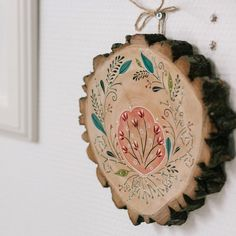 Beautiful floral wood slice is in stock again!