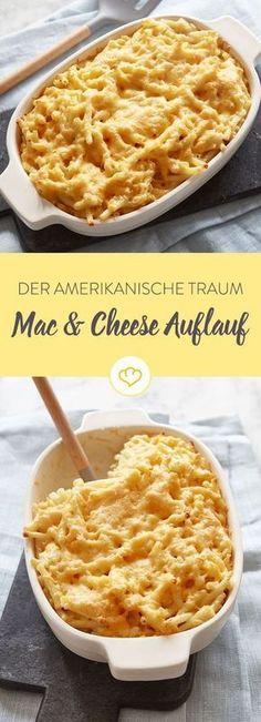 Makkaroni, Sahne und Cheddar. Oder der Inbegriff cremiger Käsenudeln. Was nicht an Cheddar in der Sauce landet, kommt ganz einfach obendrauf.
