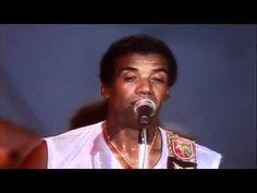 Energia (1982) Jorge Ben Jor / Lorraine com Tim Maia - YouTube