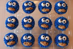 i have to do cookie monster cupcakes