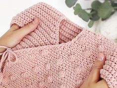 Learn how to make this Crochet Baby Kimono Jacket with Bobble Stitches. FREE Step by Step Tutorial & Pattern. Crochet Baby Sweaters, Knitted Baby Cardigan, Crochet Baby Clothes, Crochet Jacket, Baby Boy Knitting Patterns Free, Baby Sweater Knitting Pattern, Baby Patterns, Brei Baby, Baby Kimono