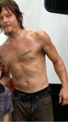 Norman Reedus shirtless :-D <3