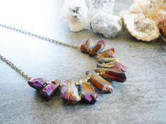 Collier plastron en titanium quartz irregulier   par JewelryByPlk
