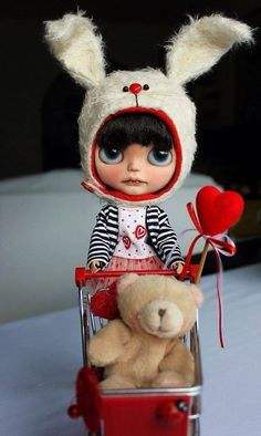 Cutie of the Day  by Dafnery (not sure) Check all Blythe Doll Customizers at www.dollycustom.com