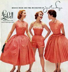 Jonathan Logan 1954 50s Dresses, Vintage Dresses, Vintage Outfits, 1960s Fashion, Vintage Fashion, Style Fashion, Do It Yourself Fashion, 20th Century Fashion, Vintage Girls