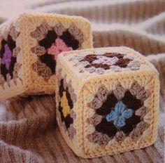 Delicadezas en crochet Gabriela: Cubo con cuadrados de la abuela