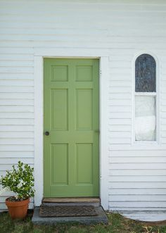 Farrow & Ball Yeabridge Green door www.waringsathome.co.uk