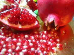 Cool Pomegranate Fruit Wallpaper Desktop With 2400x1800