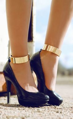 Sexy Ankle Cuffs black sandals