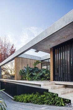 Gallery of BT House / Estudio Jorgelina Tortorici - 12