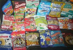 cheese and tomato puffs crisps Old Sweets, Vintage Sweets, Retro Sweets, Vintage Food, 1970s Childhood, Childhood Memories, Monster Munch, Vintage Packaging