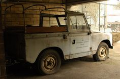 OLD PARKED CARS.: 1950 Land Rover Series I.