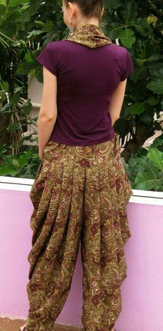 View details for the project First Time Cowl Pants on BurdaStyle. Salwar Designs, Blouse Designs, Indian Attire, Indian Wear, Indian Outfits, Fashion Pants, Fashion Dresses, Salwar Pants, Salwar Kameez