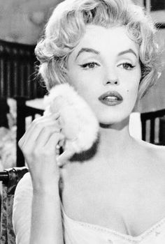 marilyn monroe black and white | Tumblr