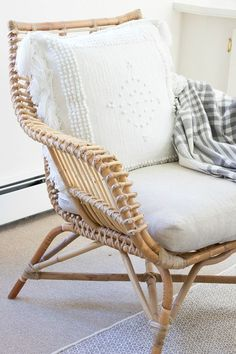 Venice Rattan Chair & Montecito Pillow Cover via Serena & Lily | Image via Driven by Decor #AccentChair