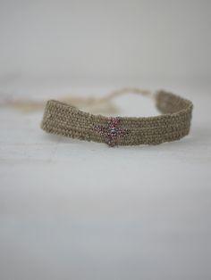 ©MYRIAM BALAŸ DEVIDAL Bracelet LOOM CROSS N°32 eshop http://myriambalay.fr