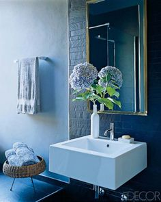 48 Bathroom Interior Ideas With Flowers And Plants - Ideal For Summer. - ArchitectureArtDesigns.com