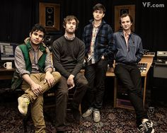 Boys of Vampire Weekend - so cute and creative! Men's Style Icons, Ezra Koenig, Modern Mens Fashion, Vampire Weekend, Modern Man, Photo Tips, Vanity Fair, Film Photography, Muse