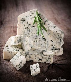 Blue cheese and red wine - great combination!