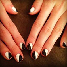 The diagonal split | 24 Ways To Get Your Nails Ready For The Spring