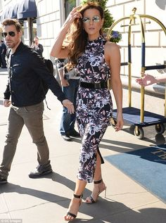 Kate Beckinsale looks stunning in a skintight floral dress for another day of promoting new movie Love & Friendship | Daily Mail Online