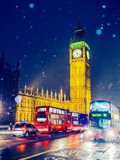 Big Ben and Traffic in snow, London, UK