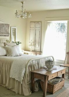 That table at the footboard!  #shabbychicbedroomsmaster