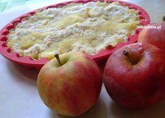 Tarta z jabłkami Składniki na kruche ciasto: 1,5 szklanki mąki ryżowej 0.5 szklanki mąki kokosowej 3 łyżki mąki gryczanej 150 g masła... Apple, Fruit, Drinks, Food, Pies, Apple Fruit, Drinking, Beverages, Essen