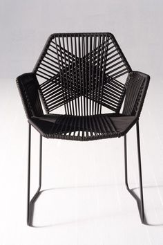 Delicate and Strong Black Chair Ideas Designed by Patricia Urquiola Modern Chairs, Modern Furniture, Furniture Design, Outdoor Furniture, Modern Chair Design, Eclectic Chairs, Eclectic Furniture, Outdoor Chairs, Dining Chairs