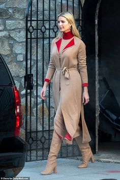 Ivanka Trump Outfits, Ivanka Trump Style, Ivanka Trump Dress, Celebrity Style Casual, Celebrity Dresses, Style Outfits, Cool Outfits, Girly Outfits, Beautiful Outfits