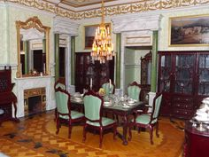 Late Victorian English Manor Dollhouse: 1/12 Miniature from Scratch: Great Dining Room: renovations complete