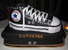 Converse+Chuck+Taylor+Cake+cakepins.com
