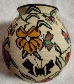 Wounaan Embera Indian Extraordinary Butterfly Woven Basket-Panama 16063012L