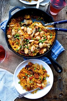 Easy Chicken Chorizo Paella #chicken #easymeals #recipe
