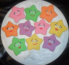 These are almost too cute to eat.....ALMOST! Dora The Explorer Star Cookies @ SweetCookieCrush.etsy.com
