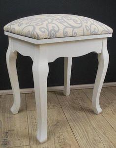 Hocker FLORAL Polsterhocker Sitzhocker antik Weiß barock EA für Frisiertisch Schminktisch Livitat® http://www.amazon.de/dp/B007I2GICW/ref=cm_sw_r_pi_dp_z7Rcxb166WD2T