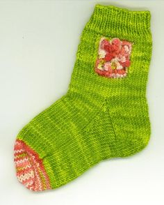 Flower Sock Knitting Pattern