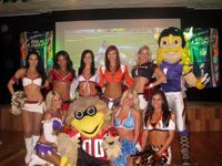 Redskins cheerleaders!