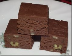 DeliciousLow Carb Cream Cheese Fudge-Best Weight Loss Program one of my favorite low carb treats. I don't like super sweet sweets and the cream cheese gives this just the right little bit of tang …
