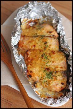 所要時間たった5分!アツアツおいしい鮭ホイル焼きレシピ♡