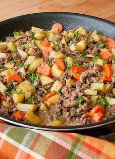 Low FODMAP & Gluten free Recipe - Minced beef & potato stew   http://www.ibssano.com/low_fodmap_recipe_minced_beef_potato_stew.html