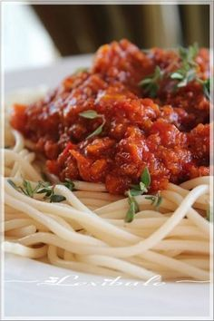 Prawn Spaghetti, Chicken Spaghetti Squash, Bean Soup Recipes, Sauce Recipes, Slow Cooker Spaghetti Sauce, Spaghetti Ingredients, Tuscan Bean Soup, Red Lentil Soup, Frozen Vegetables