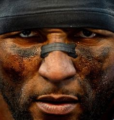 Football: Ray Lewis of the Baltimore Ravens talks to reporters after the Ravens beat the Indianapolis Colts during a playoff game Patrick Smith/Getty Images Sports Images, Sports Photos, Motivational Videos, Inspirational Videos, Motivational Speech, Baltimore Ravens, Ray Lewis Quotes, Eric Thomas, Football Quotes