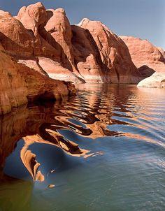 Reasons Celebrities Love Vacations at Lake Powell Lake Powell